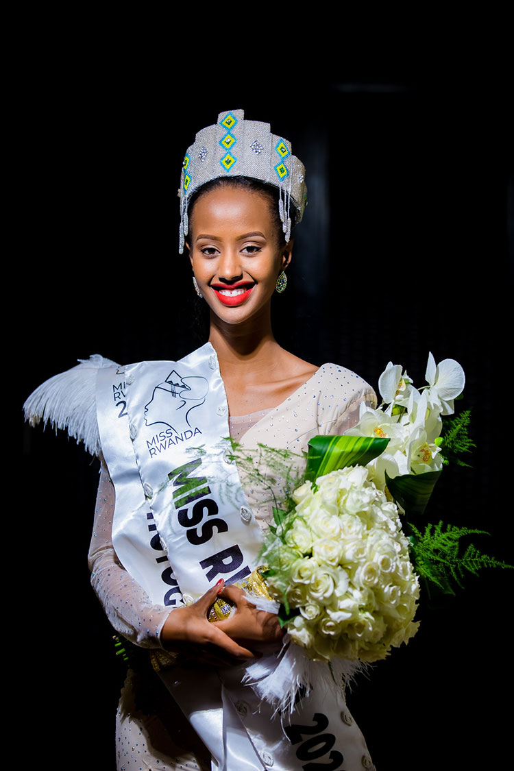 xmiss rwanda 2020 winner naomie nishimwe was dressed up by tanga design.jpg.pagespeed.ic.ePK28rKKG2